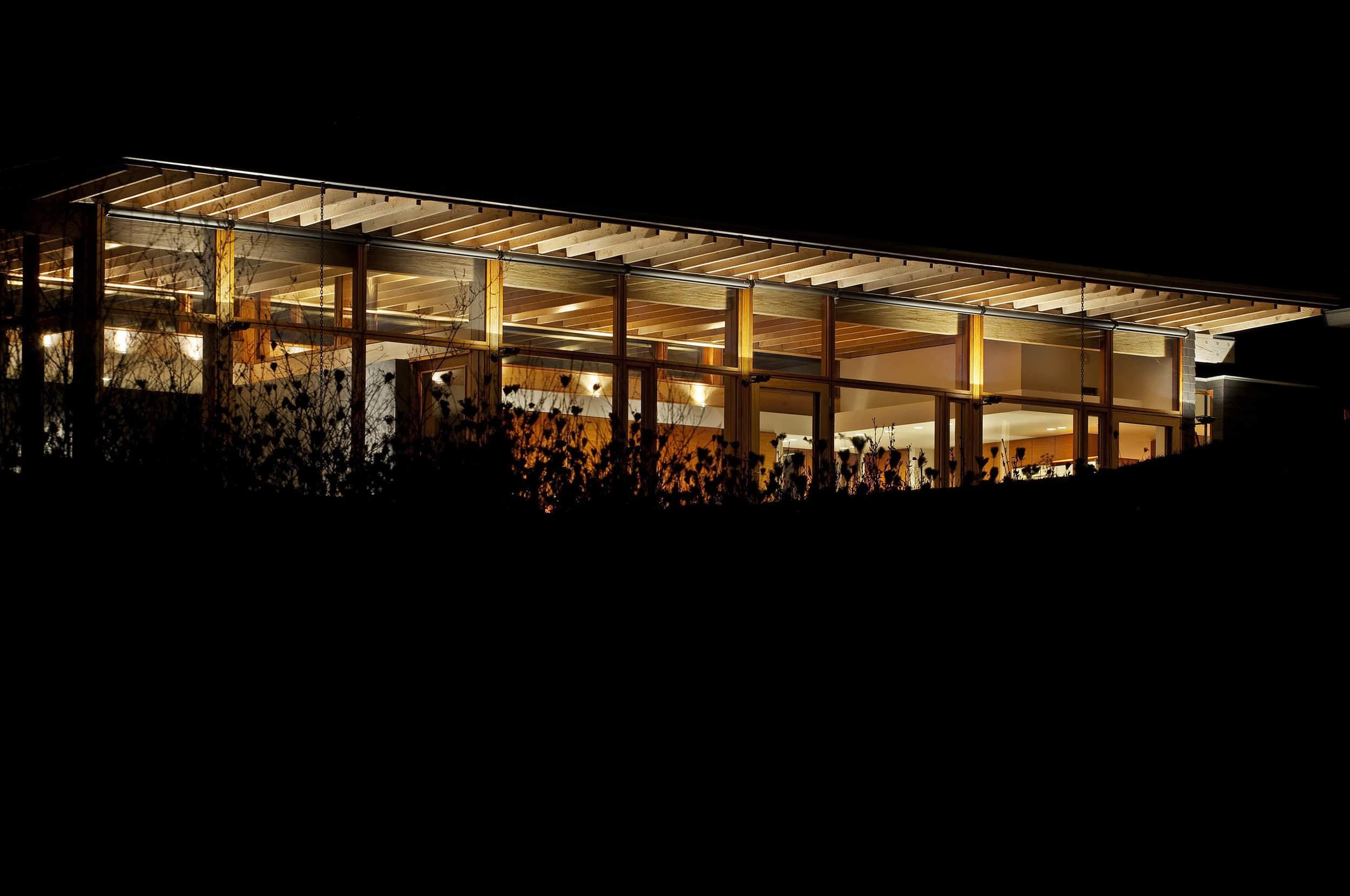 Ian-MacDonald-Architect-Inc_House-In-Grey-Highlands