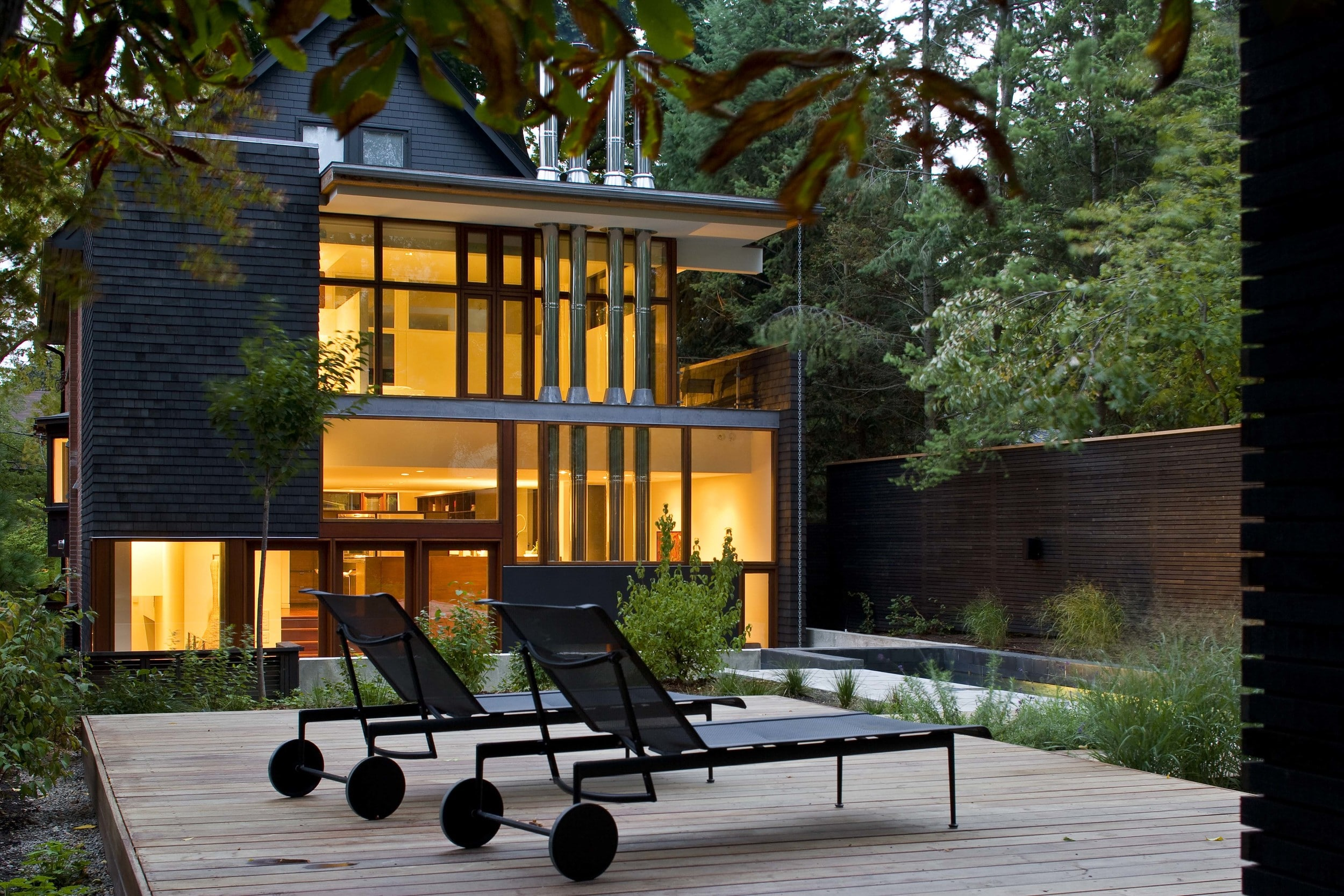 Ian-MacDonald-Architect-Inc_House-On-Farnham-Avenue
